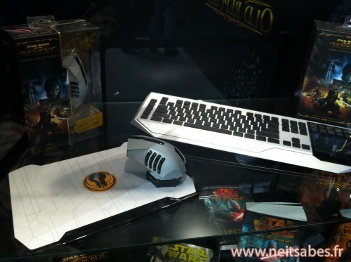 Le clavier, la souris et le casque Razer Star Wars The Old Republic.