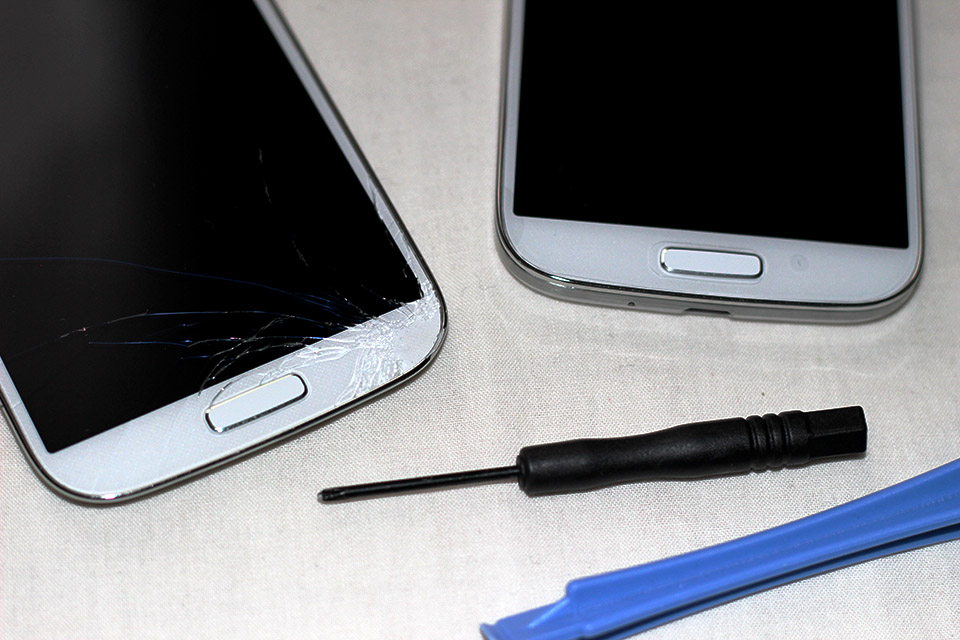 Réparer l'écran de son Samsung Galaxy S4 facilement.