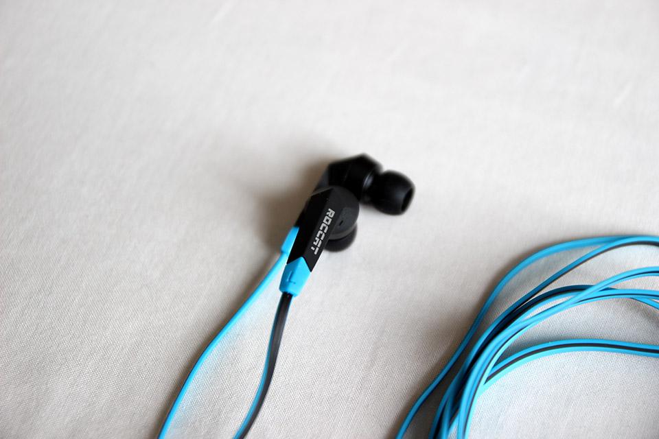Mon avis sur les écouteurs ROCCAT SYVA (2)