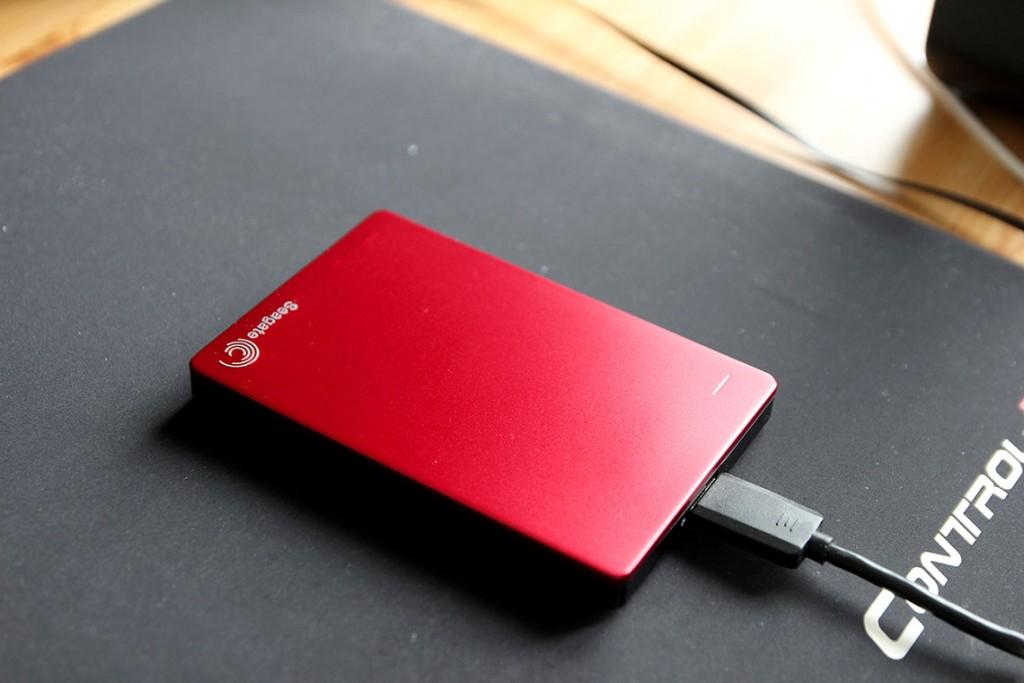 Le disque dur externe Seagate Backup Plus Slim 2To USB 3.0 (1)